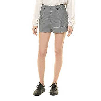 Rock Angel Women's Shorts In And White Color