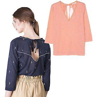 Grace and Mila Mazarine Flamingo Embroidery 3/4 Sleeve Fine Knit Top
