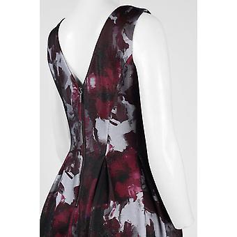 Boat Neck Sleeveless Zipper Back Pleated Floral Dress