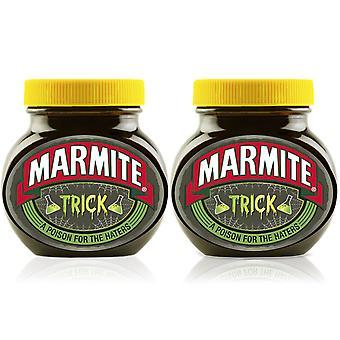 Marmite Spread Halloween Geschenk, Trick Personalisiertes Glas - Packung mit 2 x 250g