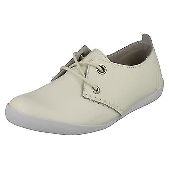 Ladies Down To Earth Flat Lace Up Shoes