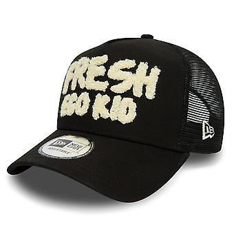 Fresh Ego Kid | Fek-592 New Era Boucle Logo Trucker Mesh Cap - Black/white
