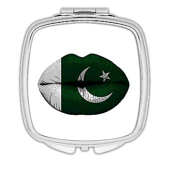 Gift Compact Mirror: Lips Pakistani Flag Pakistan