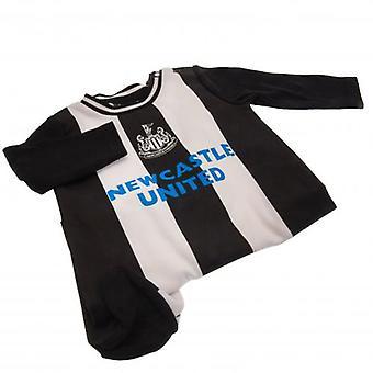 Newcastle United Sleepsuit 12/18 mths RT