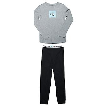Boy's Calvin Klein Junior Knit Pyjama Set in Grijs