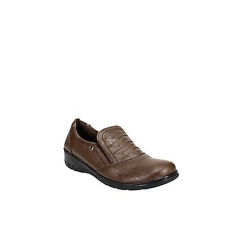 Easy Street | Proctor Comfort Slip-Ons