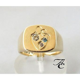 Yellow gold family wedding ring