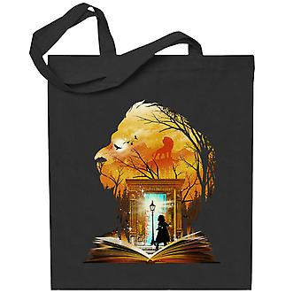 Chroniken von Narnia Aslan Kleiderschrank Collage Totebag