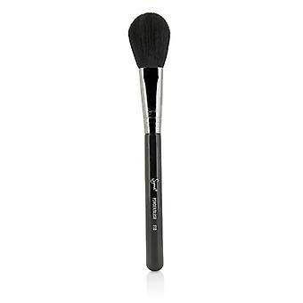 Sigma Beauty F10 Powder / Blush Brush