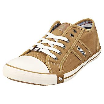 Mustang Low Top Sneaker Mens Casual Trainers in Sand