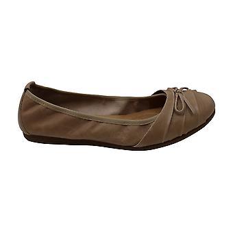 Born Chelan Natural Full Grain Leather Women's Flat Shoes