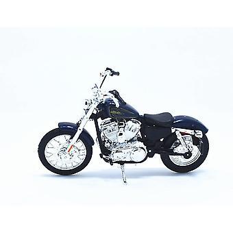 Maisto Harley Davidson 2012 XL 1200V Seventy Two Blue Motorcycle 1:18