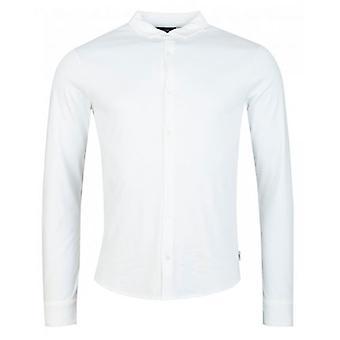 Emporio Armani Slim Fit -painike paidan läpi