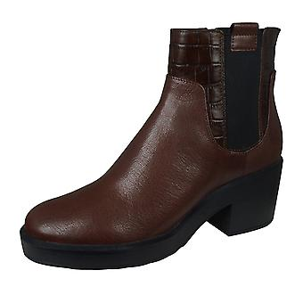 Geox D Kenly M Womens Leather Ankle / Chelsea Boots - Brown