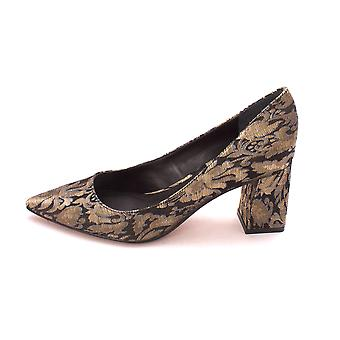 Marc Fisher Womens Zala2 Pointed Toe Pumps classique