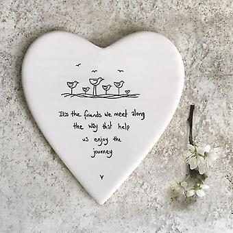 Öster om Indien porslin hjärtat formade Coaster är' det vänner möter vi..' Gåva