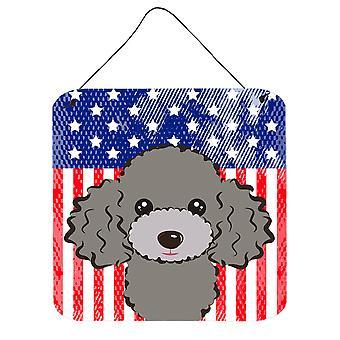 Amerykańską flagę i srebrny szary pudel ściany lub drzwi wiszące drukuje