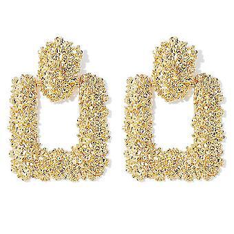Vierkante oorbellen in goud
