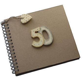 Ten oosten van India 50e verjaardag Keepsake boek vijftig bruin Kraft foto geheugen