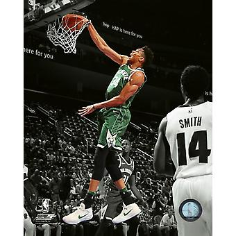 Giannis Antetokounmpo 2017-18 Spotlight akcji Photo Print