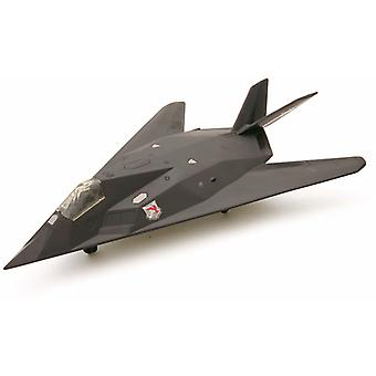 Snap sammen modell F-117 Nighthawk jagerfly