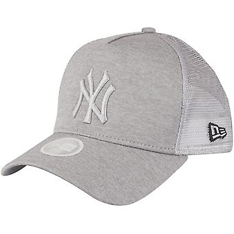 New Era Women's Trucker Cap-SHADOW New York Yankees Grey