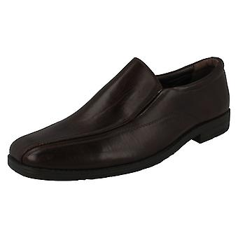 Malvern Flat Slip On Casual / Gussets