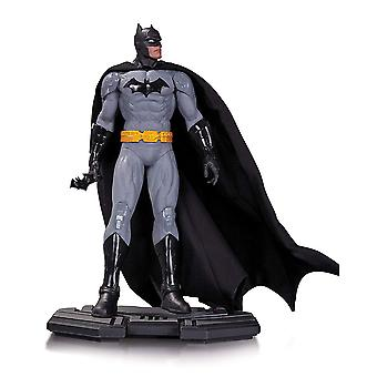 Batman DC Icons 1:6 Scale Statue
