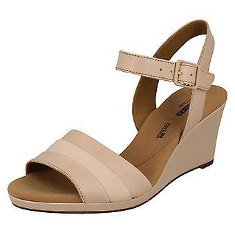 Ladies Clarks Wedged hæl sandaler Lafley Aletha