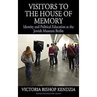 Kendzia & Victoria Bishopin berliinin muistoidentiteetin ja poliittisen koulutuksen talon vierailijat