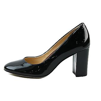 Walking Cradles Womens Matisse Leather Round Toe Classic Pumps