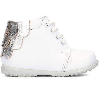 Emel E562E universal all year infants shoes