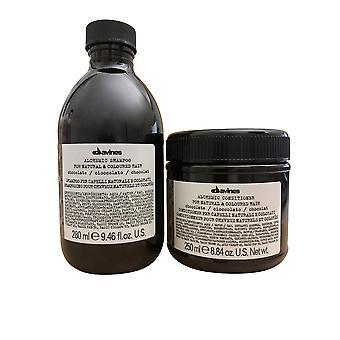 Davines Alchemic Shampoo Suklaa 9,46 OZ & Hoitoaine 8,84 OZ Set