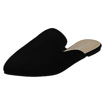 Ladies Anne Michelle Closed Toe Mules F80451