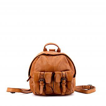 Le Classique (S) - Light Tan - Wash Leather