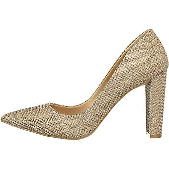 Jewel Badgley Mischka Women's Rumor Pump