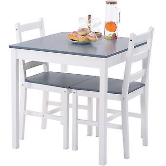 ソリッドパインダイニングテーブルとチェア