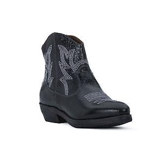 נירו ג'יארדיני 908770100 אוניברסלי כל השנה נעלי נשים