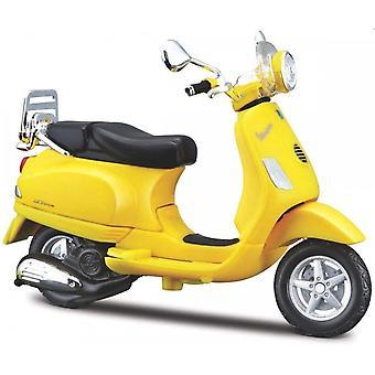 Maisto Scooter 1:18  Vespa LXV 2013 Yellow