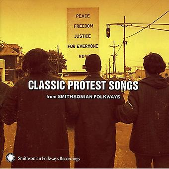Klassieke Protest Songs From Smithsonian F - Classic Protest Songs uit Smithsonian F [CD] USA importeren