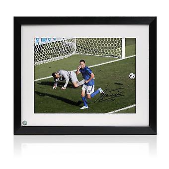 Francesco Totti signé Italie Photo: World Cup Goal. Encadré