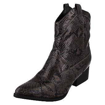 Ladies Spot On Ankle Boots F51018