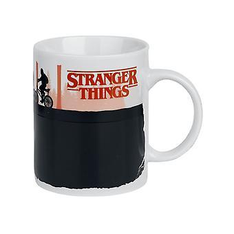Stranger Things, Heat-Changing Mug - Upside Down