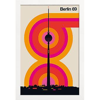 JUNIQE Print - Berlin 69 - Retro Affisch i Färgglada & Cream White