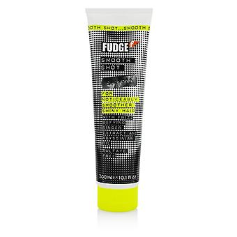 Fudge Smooth Shot Shampoo (For Noticeably Smoother Shiny Hair) 300ml/10.1oz