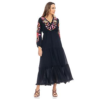 Long dress with floral embroidery on collar and sleeves and vain details