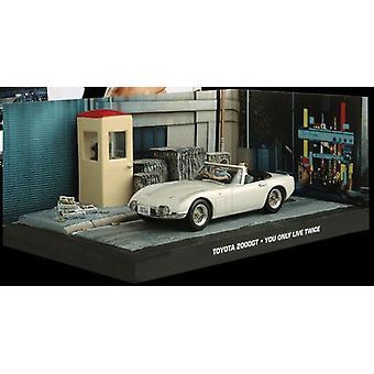 Toyota 2000 GT Conversível de James Bond em Branco (escala 1:43 por Ex Mag DY007)