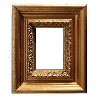 12x17 cm or 4 3/4 x 6 3/4 inch, photo frame in gold