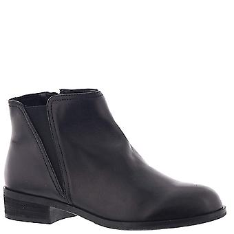 ARRAY Womens Belmont Leather Closed Toe Ankle Chelsea Boots