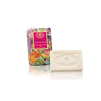 Saponificio Artigianale Fiorentino Handgemaakte Freesia Soap Floral Fragrance liefdevol verpakt in inpakpapier 150g